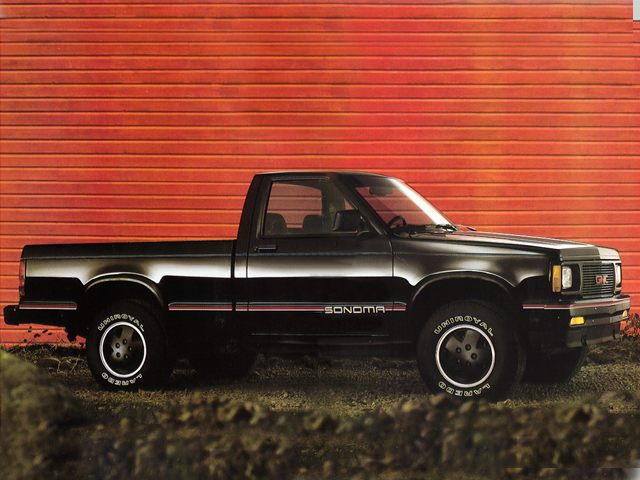 Фото Sonoma Regular Cab shown GMC Sonoma