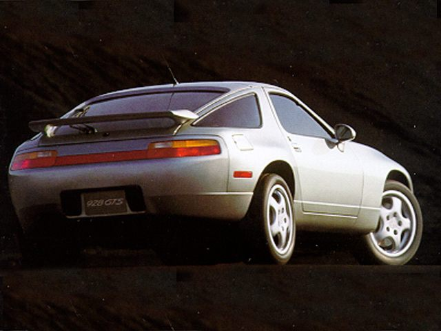Фото 928 2dr Coupe shown Porsche 928
