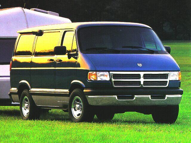 Фото Ram Wagon 1500 shown Dodge RamVan1500