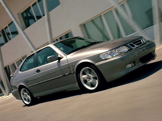 Фото 9-3 2dr Hatchback Viggen shown Saab 93