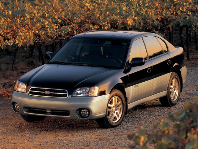 Фото Outback 4dr AWD Sedan Ltd shown Subaru Outback