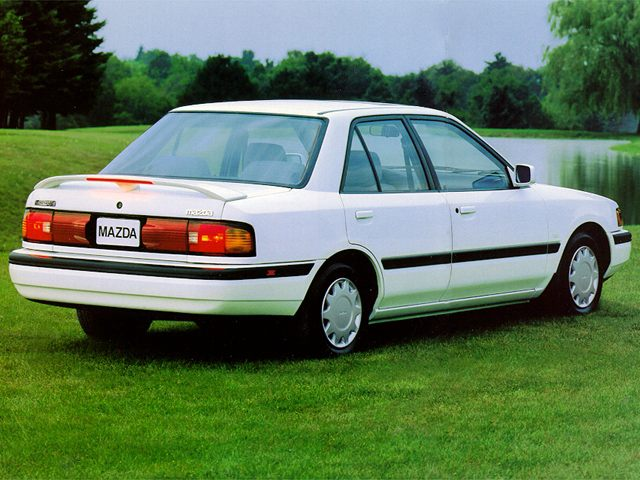 Фото Protoge 4dr sedan shown Mazda Protege