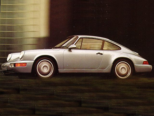 Фото 911 2dr Coupe shown Porsche 911